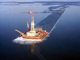 Алекперов предсказал рост цен на нефть к концу года выше $55