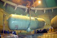 На строящемся ЭБ-4 Ростовской АЭС приступили к монтажу последней гидроемкости системы аварийного охлаждения активной зоны реактора