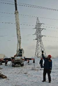 На Сахалине остаются обесточенными после циклона 15 сел