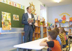 Энергетики Богучанской ГЭС помогут собрать детей в школу