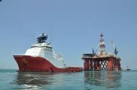 Газпром нефть начала транспортировку плавучей буровой установки на шельф Охотского моря