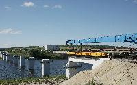 На площадке сооружения Курской АЭС-2 начался монтаж балок железнодорожного моста