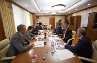 Руководители Тюменьэнерго и Россетей провели рабочую встречу с губернатором ХМАО