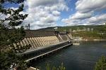 На Красноярской ГЭС установлены навигационные пропуски воды