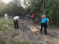 Волонтеры Красноярской ГЭС провели субботник на месте строительства приюта для бездомных животных
